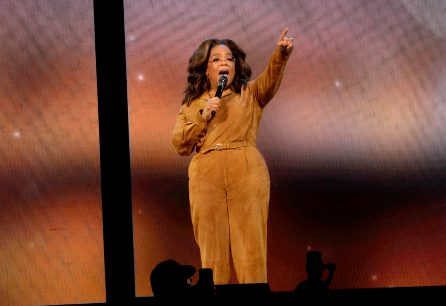 Winfrey holds TV discussion on 'American Dirt' in Arizona